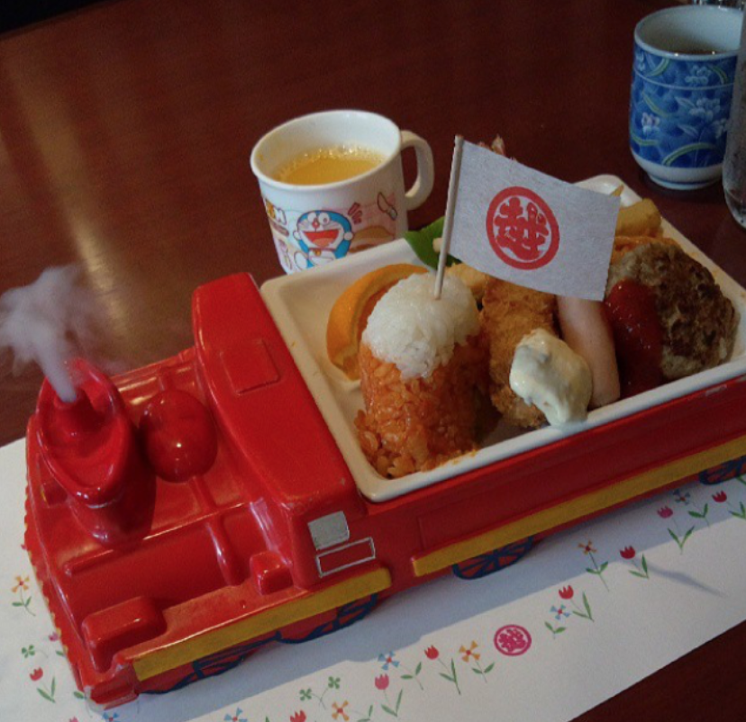 """Okosama Lunch"" For Adults Who Want to Eat Kiddy Meals"