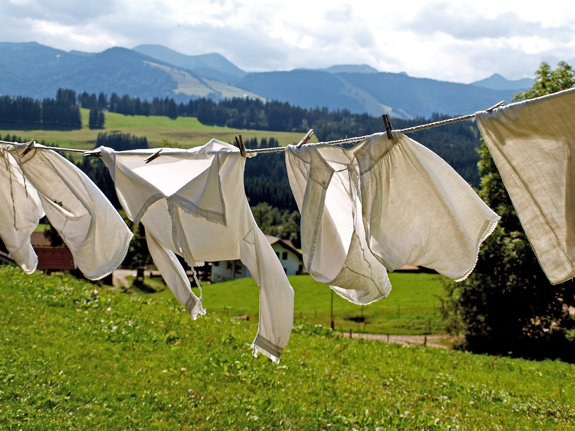 5 Major Marks You Need to Know about Japanese Laundry Symbol