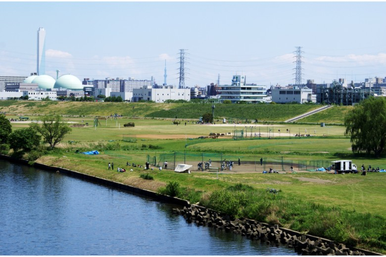 Scenic routes and trails for runners in Tokyo
