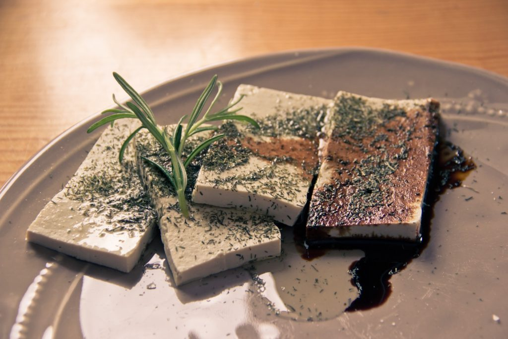 Running out of money? Here are 5 cheapest dishes for you to cook in Japan!