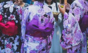 Traditional Yukata Patterns and Accessories You Should Buy