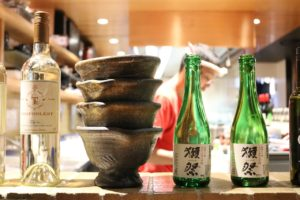 Why Do Japanese People Love All You Can Drink & Eat?