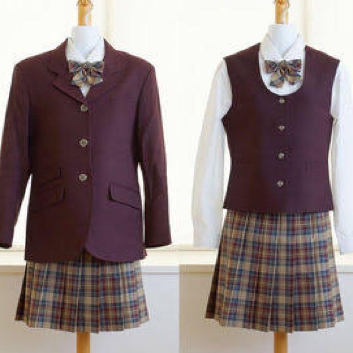 Japanese high school uniforms: Jinai High School in Fukushima