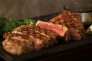 Enjoy steak lunch from roof top! ISETAN Shinjuku SKYPARADISE BEER GARDEN