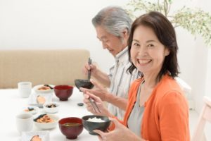 Small Talk at the Dinner Table – Yay or Nay?