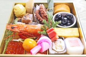 5 Traditional New Year Customs in Japan