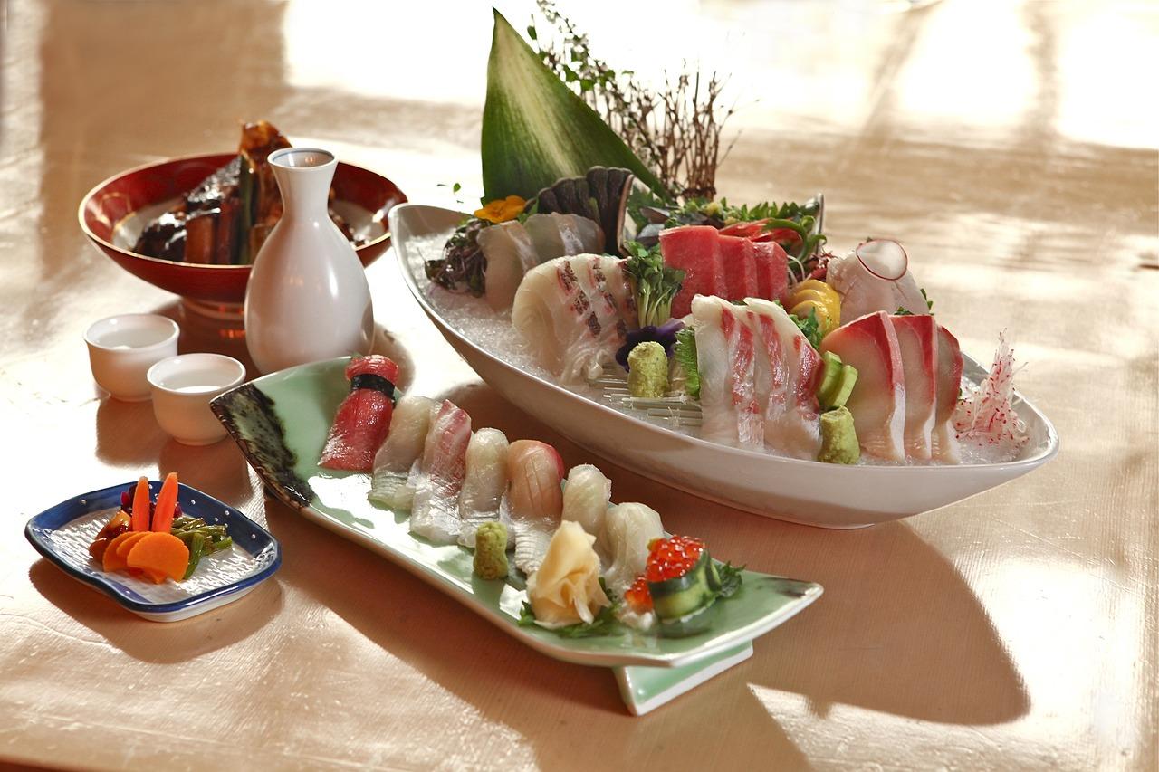 japanese raw food, raw fish, sashimi