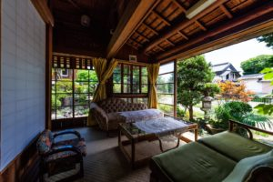 Visiting a Japanese Home: Useful Terms and How to Behave