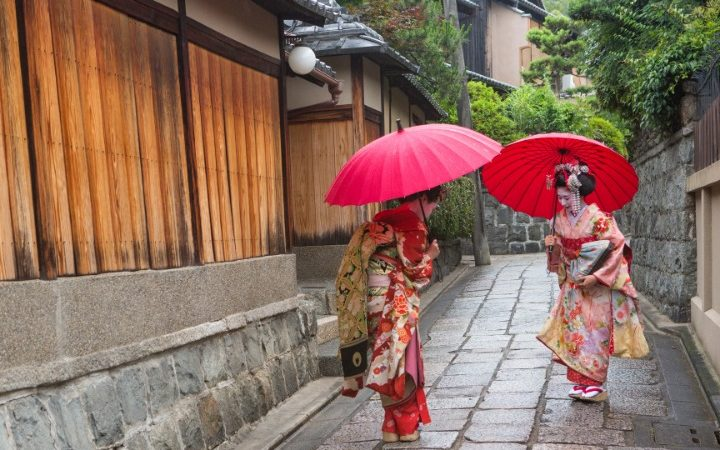 bowing, bowing in japan