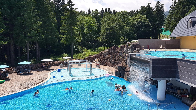 summer vacation myoko pool
