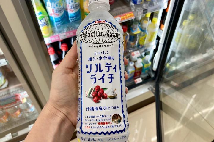 summer convenience store snacks japan
