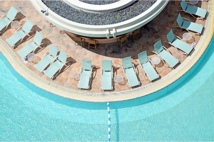 hotel pools in tokyo