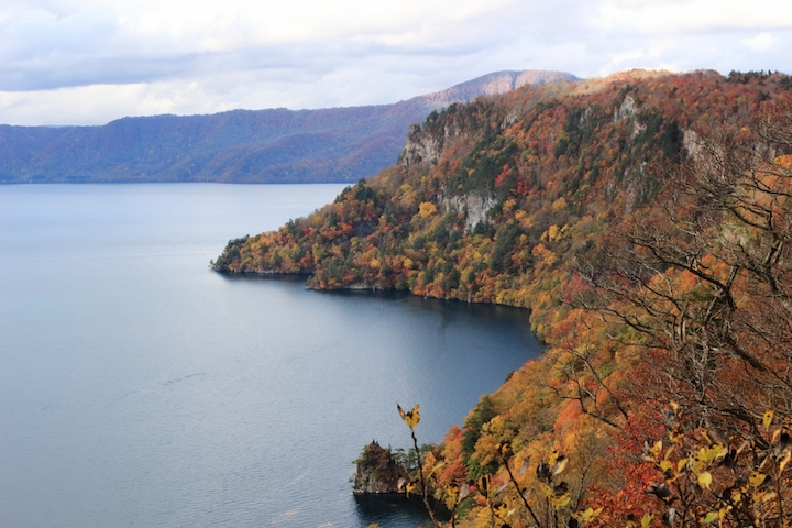 Autumn leaves Lake Towada (Aomori Prefecture, Tohoku Region)