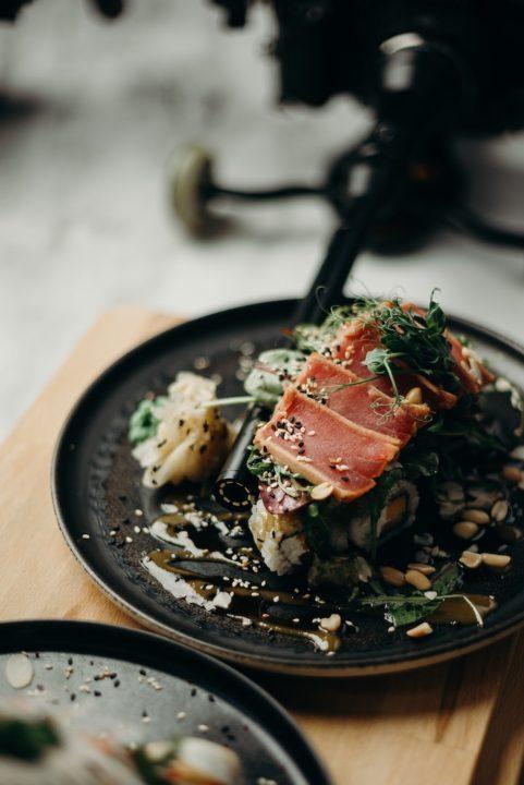 chicken sashimi vs basashi horse sashimi, chicken-sashimi